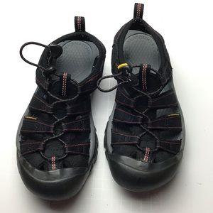 Keen sport sandals. Black. 6